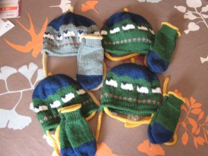 hat and mitten sheep sets