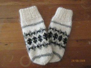 traditional icelandic mitts